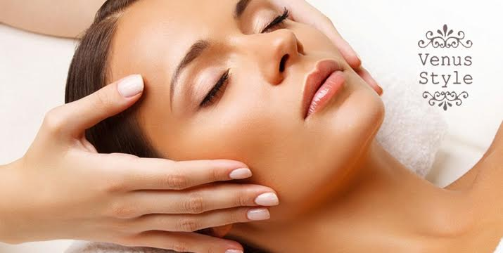 11€ από 70€ (-84%) για μια κρυοθεραπεία προσώπου κατά των ρυτίδων & της χαλάρωσης και φωτοανάπλαση για την καταπολέμηση πανάδων, κηλίδων γήρανσης, ακμής & ρυτίδων, για άμεση λάμψη, ενυδάτωση και σύσφιξη σε κάθε τύπο δέρματος, από το Venus Style δίπλα στο σταθμό Βικτώρια. εικόνα