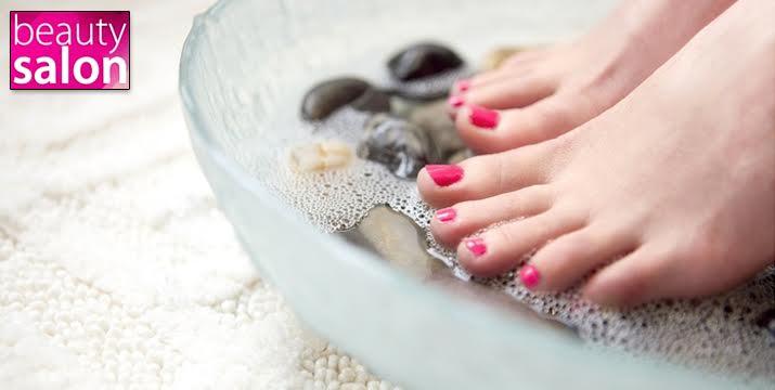 BEST PRICE!! 11,90€ από 25€ (-52%) για Pedicure με Ημιμόνιμη Βαφή σε χρώμα επιλογής σας ή γαλλικό, στο υπέροχο Beauty Salon στο Χαλάνδρι. εικόνα