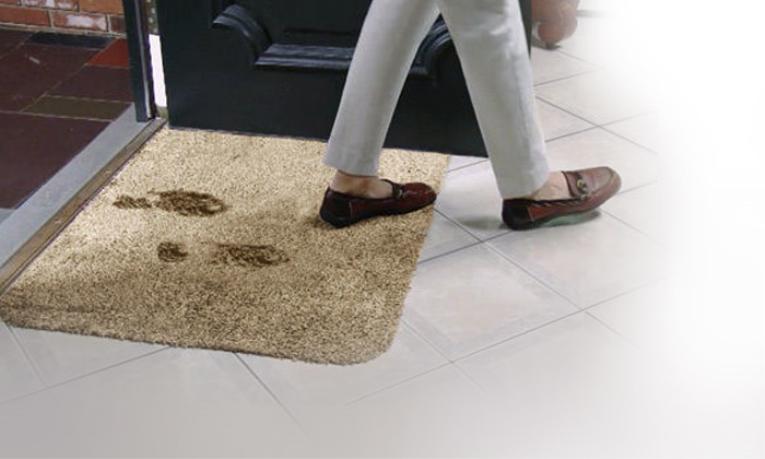 12,90€ για ένα Χαλάκι Εισόδου Clean Step Mat που Απορροφά Άμεσα, Λάσπη, Νερό & Σκόνη, με παραλαβή από το Μagic Hole στo Παγκράτι και δυνατότητα πανελλαδικής αποστολής στο χώρο σας. εικόνα