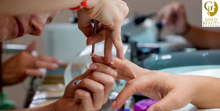 30€ από 120€ (-75%) για ένα Σεμινάριο Nail Art με Ημιμόνιμα βερνίκια διάρκειας 6 ωρών ΚΑΙ με Χορήγηση Βεβαίωσης Σπουδών, στο Gold Beauty Academy στην Αθήνα.