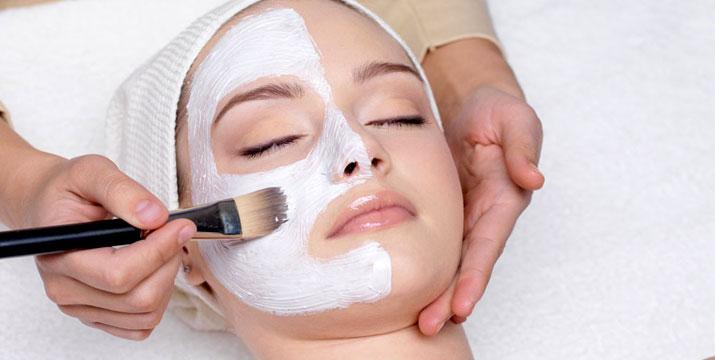 10€ από 120€ (-92%) για έναν (1) Βαθύ & Σχολαστικό Καθαρισμό Προσώπου με ατμό και οξυγόνο, μάσκα πρωτεΐνης μεταξιού, αφαίρεση σμίγματος, ενυδάτωση με βλαστοκύτταρα ή Βotox (μη ενέσιμο) ή χαβιάρι και μάσκα υαλουρονικού οξέος προσώπου καθώς και ενυδάτωση με ενυδατικές μάσκες από ίνες μεταξιού ή 18€ από 240€ για δύο (2) Καθαρισμούς και Ενυδατώσεις Προσώπου, από το Venus Style δίπλα στο σταθμό Βικτώρια.