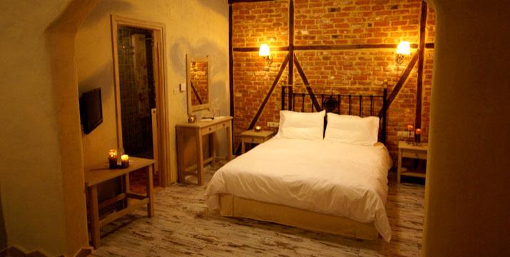 Από 54€ για Διαμονή με Πρωινό 2-4 ατόμων σε Δωμάτιο ή Σουίτα με Τζάκι, στο Dimatis Hotel στον Άγιο Δημήτριο Πιερίας.