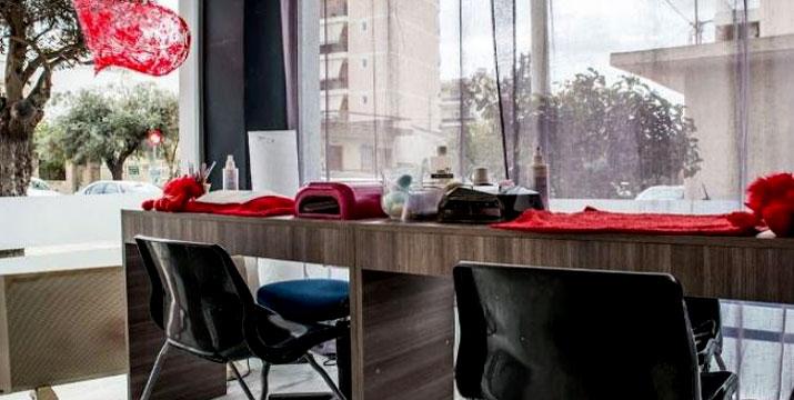 9€ από 18€ (-50%) για ένα Pedicure με Απλό ή Ημιμόνιμο βερνίκι και ένα Foot Massage με επώνυμα προϊόντα, από το Beauty Passion στο Περιστέρι.