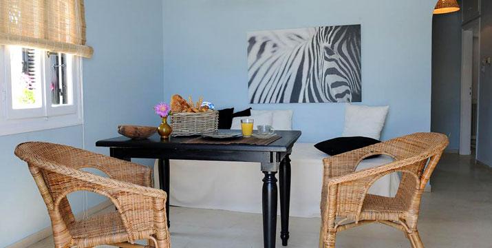 Από 58€ για 2 Διανυκτερεύσεις 2 ατόμων σε διαμέρισμα δίπλα στην θάλσσα, στο Villa Korthi στην Άνδρο.