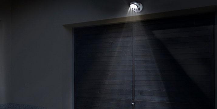 9,90€ από 19,90€ (-50%) για (1) Ασύρματο Προβολέα LED Light Angel με Αισθητήρα Κίνησης ή 14,90€ από 29,90€ για (2) Ασύρματους Προβολείς LED Light Angel, με παραλαβή από το κατάστημα Magic Hole στο Παγκράτι και με δυνατότητα πανελλαδικής αποστολής.