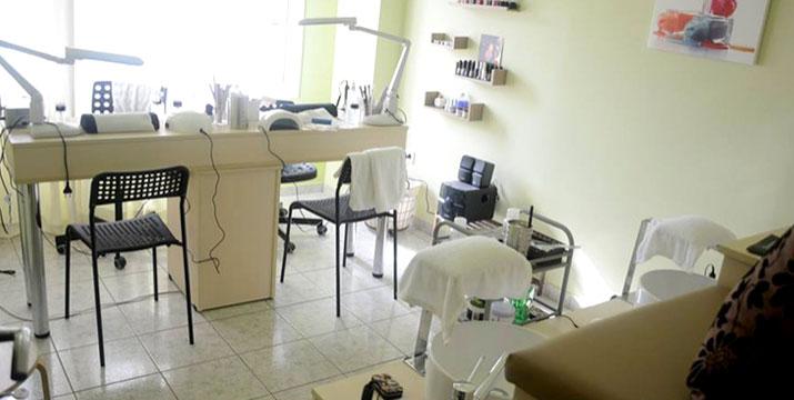 Από 69€ για 1-2 Συνεδρίες Κρυολιπόλυσης με χρήση 2 ή 4 κεφαλών για να απαλλαγείτε από το τοπικό πάχος, στο Empyrean Massage & Beauty στο Αιγάλεω.