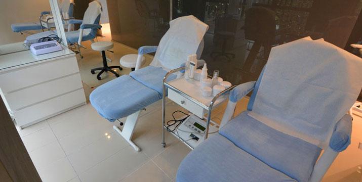 30€ από 180€ (-83%) για μια Θεραπεία Αποτρίχωσης Full Face με Διοδικό Laser για να απαλλαγείτε από την ανεπιθύμητη τριχοφυία, από τα Ιατρεία