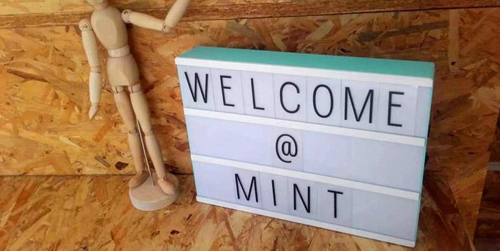 Από 8€ για Manicure - Pedicure με απλή ή ημιμόνιμη βαφή, στον ολοκαίνουργιο χώρο του Mint Beauty Spot στα Άνω Πετράλωνα.