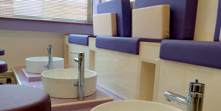 49€ από 85€ για ένα Πακέτο Περιποίησης Προσώπου που περιλαμβάνει έναν (1) Βαθύ Καθαρισμό Προσώπου διάρκειας 2 ωρών, μια (1) Συνεδρία Fractional και μια (1) Θεραπεία Βλαστοκυττάρων, στο ινστιτούτο ομορφιάς Glamour Med Spa στο Αιγάλεω, πλησίον Μετρό.