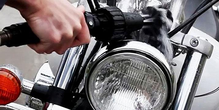 4,90€ από 11,90€ (-59%) για μια Περιστρεφόμενη Βούρτσα Καθαρισμού ιδανική για τον καθαρισμό ζάντας μηχανής ή αυτοκινήτου, με παραλαβή ή δυνατότητα πανελλαδικής αποστολής στο χώρο σας από την Idea Hellas στη Νέα Ιωνία.