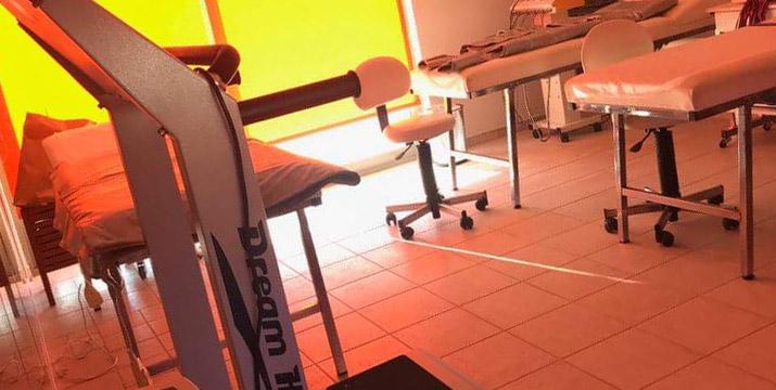 11€ από 45€ (-75%) για μία Τριπλή Θεραπεία Προσώπου βαθιάς Ανάπλασης και Σύσφιξης που περιλαμβάνει Καθαρισμό Προσώπου, Ενυδάτωση με υπέρηχο 3ης γενιάς και Θεραπεία Ματιών με μικροσφαιρίδια guarana, συνολικής διάρκειας 65', στο νέο υπέροχο χώρο του Unani Biospa MD στον Γέρακα, πλησίον σταθμού Μετρό Δουκίσσης Πλακεντίας.