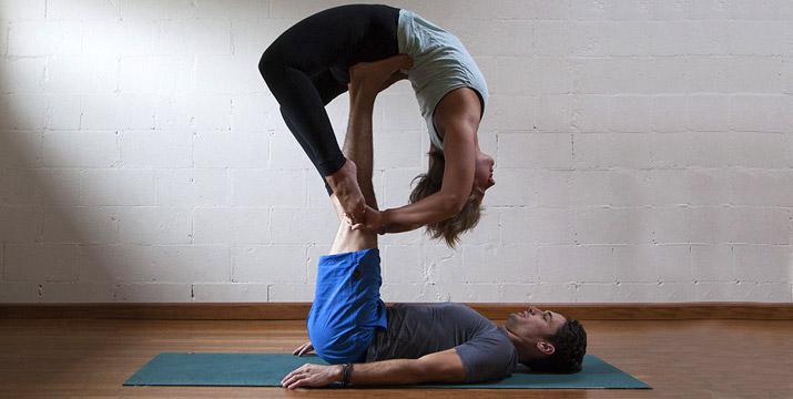 8€ από 20€ (-60%) για ένα 2ωρο Μάθημα Aerial Yoga ή Acro Yoga ή Συνδυασμός των 2 μαθημάτων, 1 ώρα Aerial και 1 ώρα Acro, στο Go Fit στο Μαρούσι.