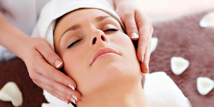 49€ από 110€ (-55%) για 3 Θεραπείες Περιποίησης Προσώπου για σύσφιξη και ανάπλαση που περιλαμβάνουν 1 Βαθύ Καθαρισμό Προσώπου, 1 Θεραπεία Οξυγονοθεραπείας & MicroRF και 1 Θεραπεία Biolift Facial Mask , στο Chic & Beauty στο Περιστέρι πλησίον μετρό Αγ. Αντωνιού.