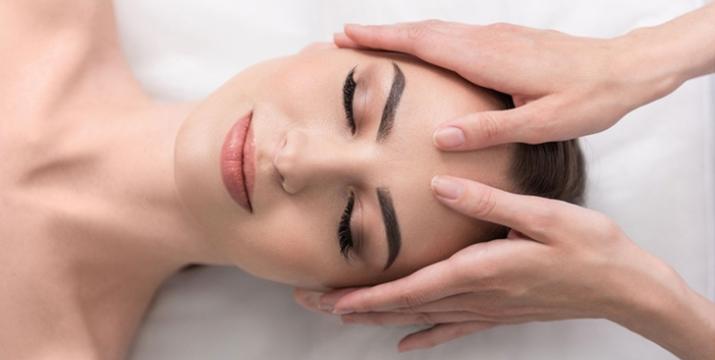 22€ από 105€ (-79%) για ένα ολοκληρωμένο Πακέτο Περιποίησης και Ανανέωσης που περιλαμβάνει: ένα spa manicure ή ένα spa pedicure, μία αποτριχωση άνω χείλους, μία αναπλαστική περιποίηση προσωπου Ultra Anthrax βαθιάς ενυδάτωσης με ιατρικό υπέρηχο, μία υποστηρικτική θεραπεία ματιών και Δωρεάν ένα διαγνωστικό τεστ προσώπου Skin Scanner, στο νέο υπέροχο χώρο του Unani Biospa στον Γέρακα, πλησίον σταθμού Μετρό Δουκίσσης Πλακεντίας. εικόνα