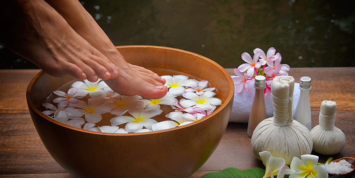 9€ από 18€ (-50%) για ένα Pedicure με Απλό ή Ημιμόνιμο βερνίκι και ένα Foot Massage με επώνυμα προϊόντα, από το Beauty Passion στο Περιστέρι. εικόνα