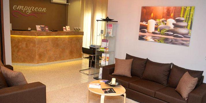 Από 9€ για Ημιμόνιμο Μανικιούρ και Απλό ή Ημιμόνιμο Πεντικιούρ, στο Empyrean Massage & Beauty στο Αιγάλεω.