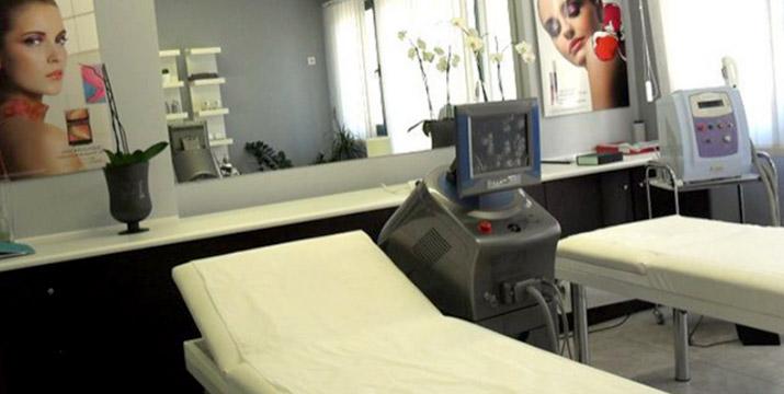 42,90€ από 360€ (-88%) για μια Θεραπεία Σύσφιξης και Ανόρθωσης (επιδερμικής και μυϊκής) που περιλαμβάνει 3 Συνεδρίες με Laser Σύσφιξης και με επιλογή από την περιοχή του στήθους ή των γλουτών ή της κοιλιάς ή των χεριών, στο Elegant Beauty στη Νέα Ιωνία.