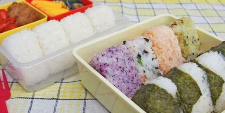6,90€ από 10,90€ για μία Φόρμα Παρασκευής για Ρύζι και Σούσι, με δυνατότητα παραλαβής και πανελλαδικής αποστολής στο χώρο σας από την DoneDeals Goods.