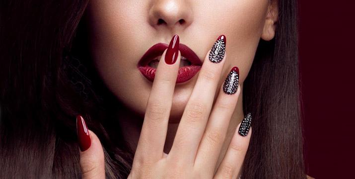 15€ από 30€ (-50%) για (1) ολοκληρωμένο ημιμόνιμο manicure και (1) σχηματισμό - βαφή φρυδιών, από το Stars Nails στα Σεπόλια, πλησίον σταθμού Μετρό.