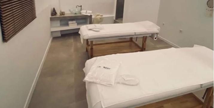 35€ από 70€ (-50%) για ένα Full Body Natural Relaxing Massage (μέτριας πίεσης) 50' και Αντιστρές Μασάζ Προσώπου 10', για 2 άτομα σε minimal σουίτες 2 ατόμων, στο ολοκαίνουργιο SPA της Αθήνας, το The MOMENT-A Massage Boutique στο Κουκάκι.