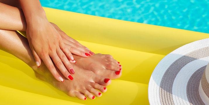 8€ για 1 ημιμόνιμο manicure ή 15€ για 1 ολοκληρωμένο spa ή ημιμόνιμο pedicure, χρώμα ή γαλλικό ή 20€ για 1 ημιμόνιμο manicure (χρώμα ή γαλλικό) και 1 ολοκληρωμένο spa ή ημιμόνιμο pedicure (χρώμα), από το Hair & Nails  στο Χαλάνδρι.