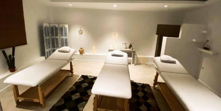 24,90€ από 60€ (-59%) για Αυθεντικό Thai-Yoga Mασάζ σε Ειδικό Στρώμα στο Πάτωμα (60'), στο