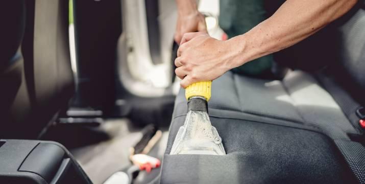 29€ από 60€ (-50%) για έναν πλήρη βιολογικό καθαρισμό αυτοκινήτου με γραπτή πιστοποίηση από ΕΟΦ που περιλαμβάνει αφαίρεση λεκέδων, συντήρηση των εσωτερικών πλαστικών, απολύμανση και απόσμωση εσωτερικού και air condition με συσκευή όζον Ultifresh, ή 35€ από 70€ για όλα τα παραπάνω και επιπλέον εξωτερικό πλύσιμο με ενεργό αφρό και κέρωμα με Teflon της Dupont και κρυσταλλοποίηση παρ-μπριζ, από το Αύρα Car Wash στη Νέα Φιλαδέλφεια και στο Περιστέρι.
