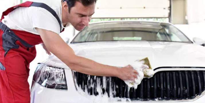 """11,90€ από 35€ για 10 υπηρεσίες ολοκληρωμένου καθαρισμού αυτοκινήτου που περιλαμβάνουν καθαρισμό καμπίνας με Όζον και εξωτερικό Κέρωμα με Teflon, από το """"Αύρα Car Wash"""" στη Νέα Φιλαδέλφεια και στο Περιστέρι."""